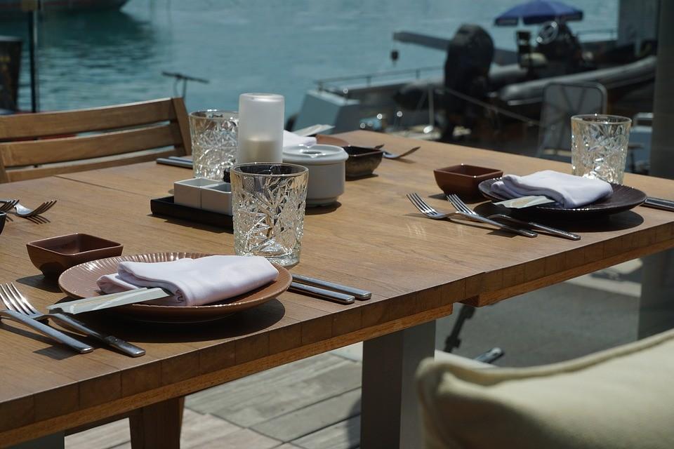 stůl, moře
